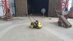 手推式电动扫地机用于机械厂水泥地面吸尘清扫