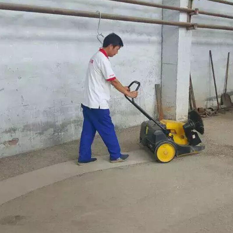 威海小型扫地车,cjs70-1工厂扫地车